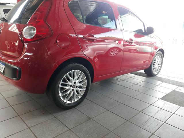 Fiat Palio Attrative 1.4 2014 - Foto 8