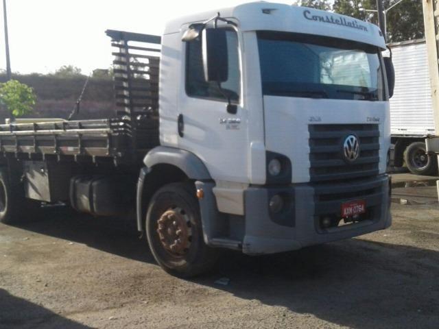 Caminhão 24.250 truck