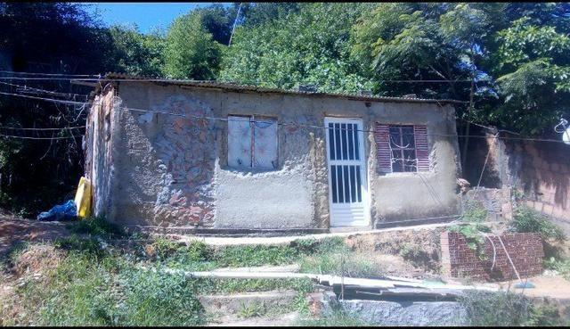 Vendo uma casa!!!