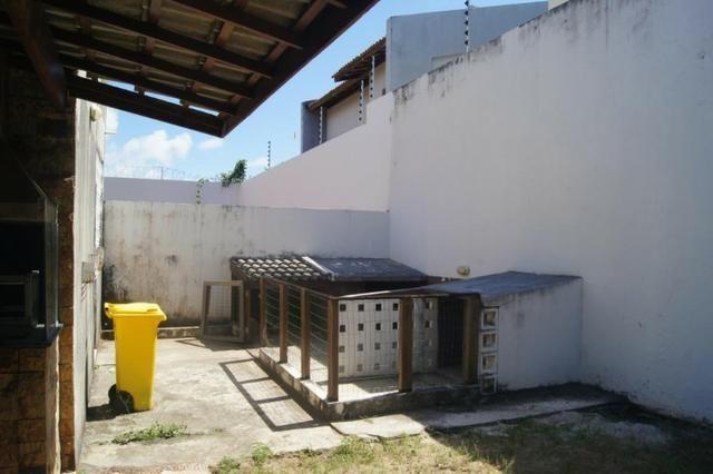 Vende-se Casa no Cond. Cabo da Roca em Lauro de Freitas - Foto 17