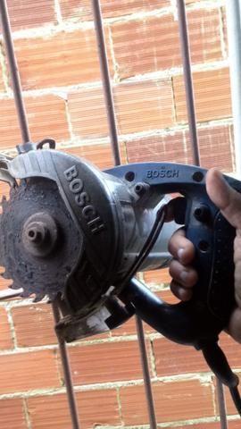 Serra Mármore Bosch 127 v 1400w 11A 12000 por minuto - Foto 2