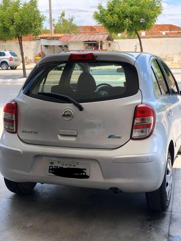 Nissan March 1.6 flex 12/13 - Foto 3