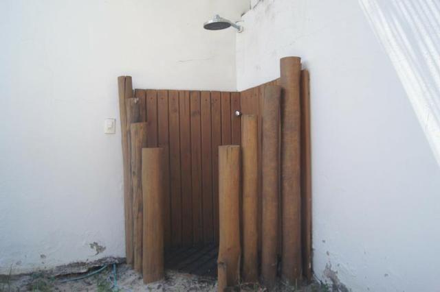 Vende-se Casa no Cond. Cabo da Roca em Lauro de Freitas - Foto 13