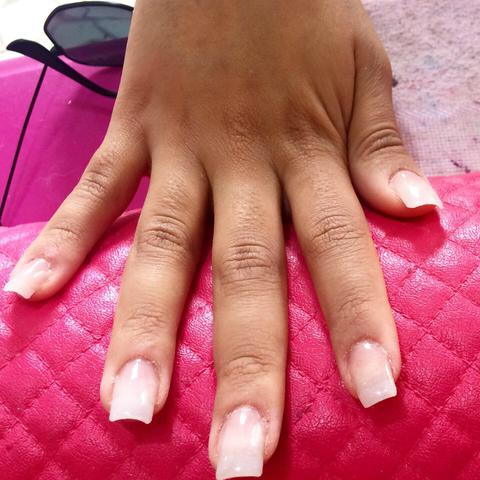 Manicure/Pedicure/Alongamento de unhas