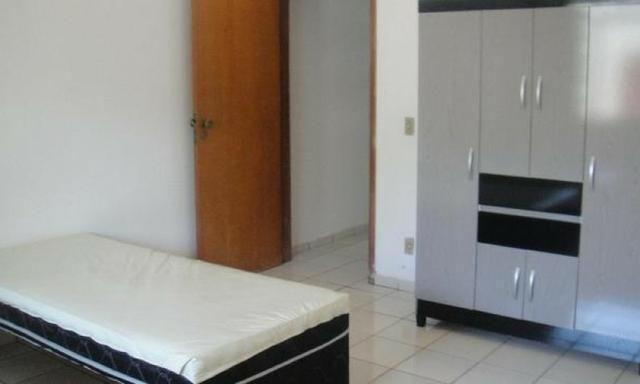 Casa mobiliada em Cuiabá para temporada, acomoda 9 pessoas, não necessita fiador - Foto 2