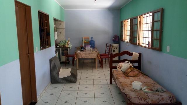 Casa no Distrito da Guia com 2 quartos, 1 edícula e barracão de 110 m² - Foto 2