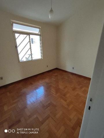 Vendo apartamento próximo ao centro - Foto 6