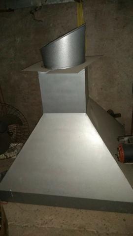 Coifa galvanizada. Pouco uso