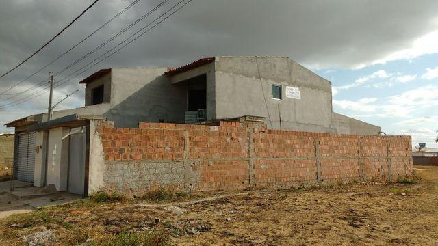 Casa com primeiro andar - Foto 10
