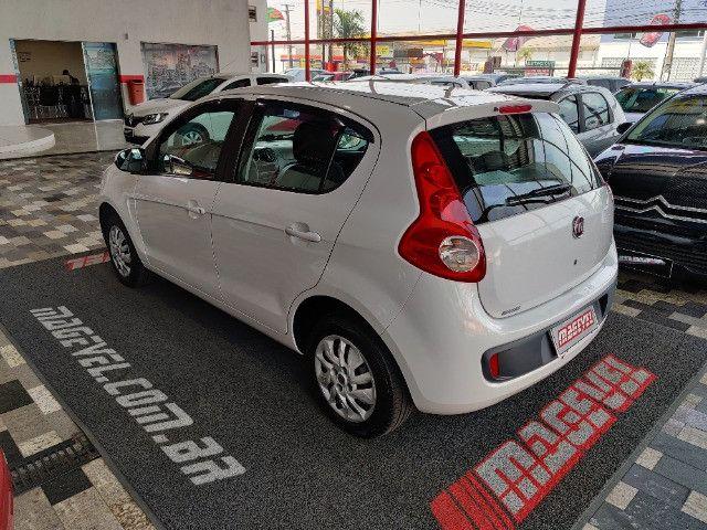 Fiat Palio atractive 1.4 Completo Ano 2014 com gnv ! - Foto 8