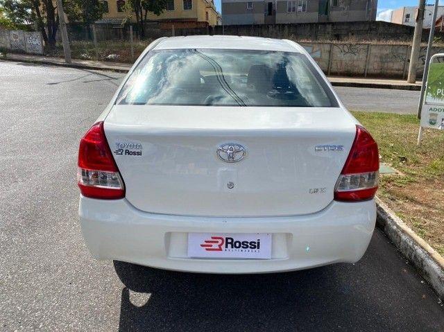 etios 1.5 x sedan - Foto 5