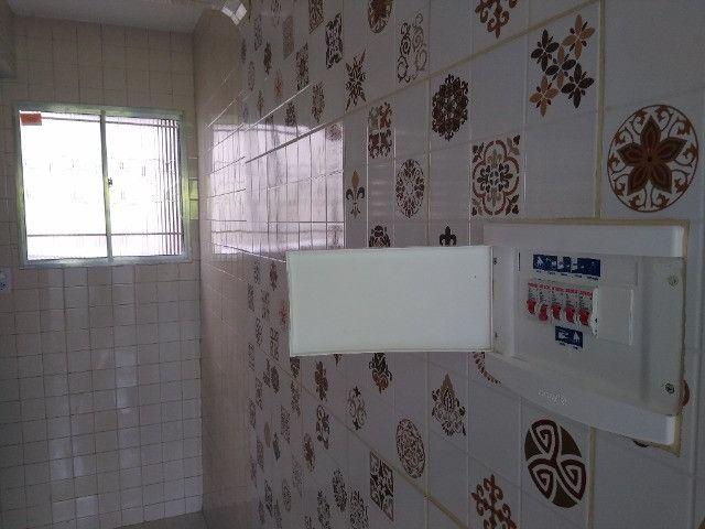 Apartamento no final de linha em Vale dos Lagos c/ 2 quartos + dependência - Foto 10