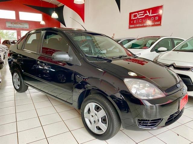 Fiesta Sedan 1.6 (flex) 2005