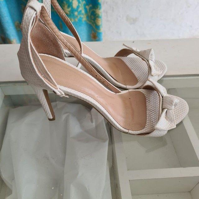 Sapatos usados com preços variados  - Foto 3