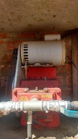 Lava jato automotivo e um compressor  - Foto 2