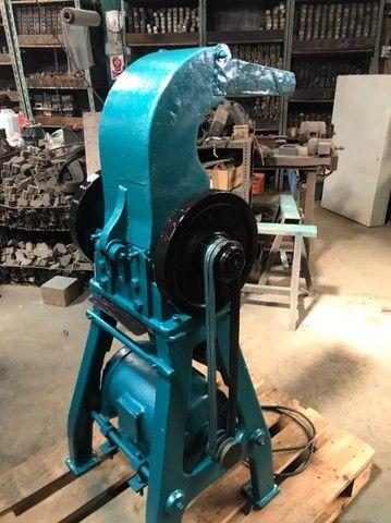moinho de facas  para plastico 5 hp  150 mm de boca  - Foto 3