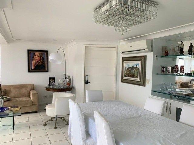 Apartamento em Boa Viagem, lindo, com 3 quartos, 2 vagas e vista mar. - Foto 5