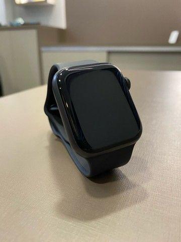 Apple Watch série 5 44mm impecável  - Foto 2