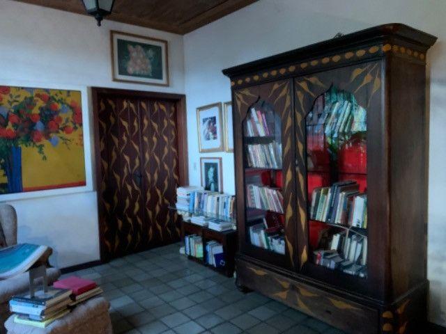 1803 - Casa Localizada em Apipucos - 05Qtos/05Suítes - Piscina - DCE - Foto 7