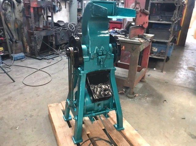 moinho de facas  para plastico 5 hp  150 mm de boca  - Foto 5