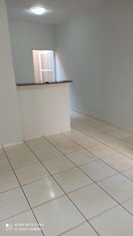 Casa geminada 3 quartos próx ao Hugol - Foto 6