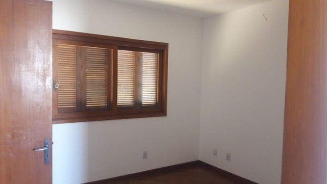 Alugo Sobrado em condomínio, 3D, Centro de Canoas, suíte, closet, churrasqueira - Foto 10