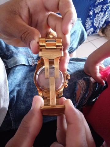 Relógio invicta reserve dourado