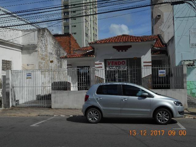 Casa na rua maruim 544 bairro centro