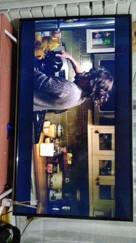 Smart TV led semptoshiba 49 polegadas. Nota fiscal, um ano e cinco meses de uso - Foto 2
