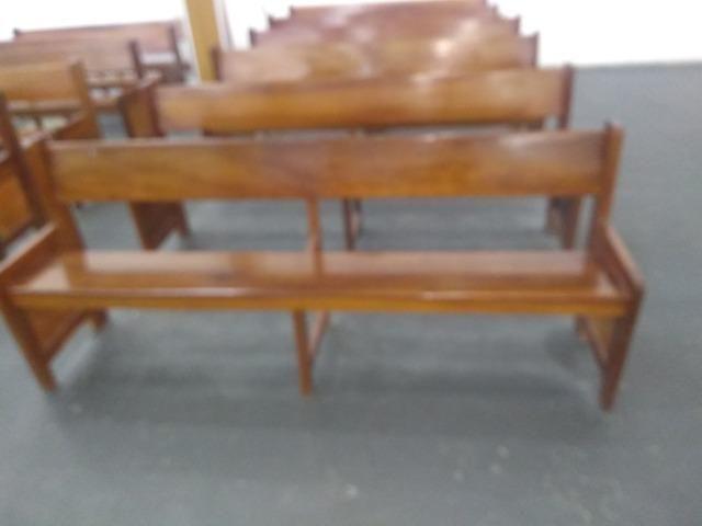 Bancos de madeira - Foto 3