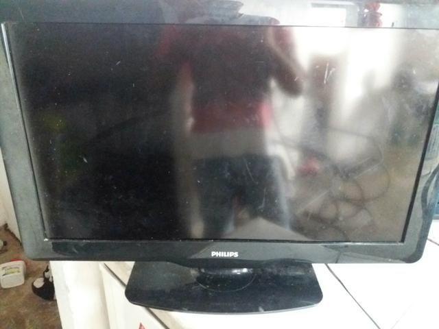 Vendo duas TVs philips 32 polegadas - Foto 2