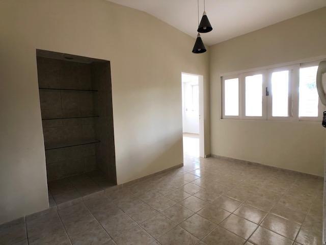 Casa no Cordeiro, 3 quartos, 2 suítes, 3 salas e 4 vagas - Foto 7