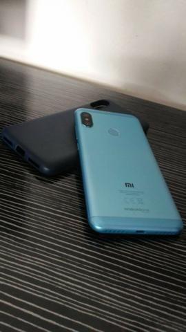 Vendo Xiaomi Mi A2 Lite - 32 gigas - Foto 3