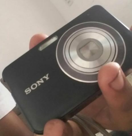 Câmera sony bem conservada