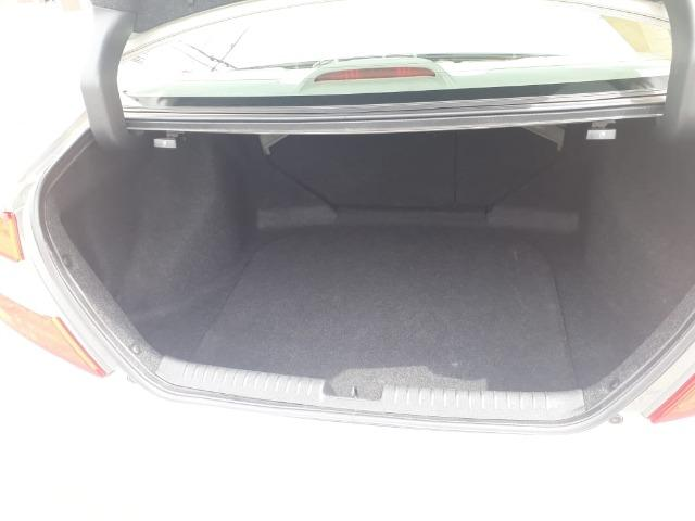 Honda Civic 2.0 LXR com kit multimídia original - Foto 2