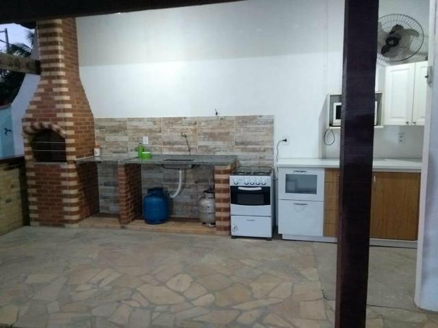 Casa com quintal, espaço gourmet com churrasqueira, piscina, espaço fitness, laguinho, etc - Foto 3