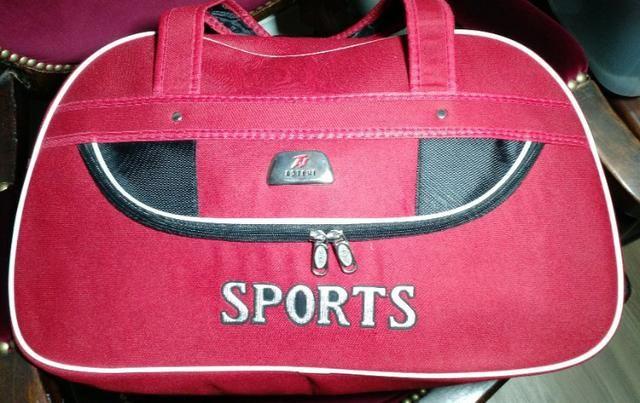 Bolsa Sport Vermelha - Importada dos EUA - Nova - Foto 2