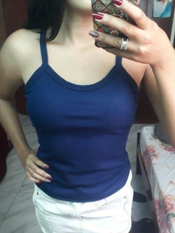 Regatinhas com bojo, blusinhas com gola alta, body, T-Shirts