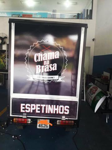 Tuk Tuk - Espetinho Gourmet - Food Truck - Foto 5