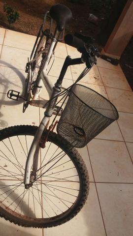 Bicicleta 250 está nova,tanquinho 90 colomarque