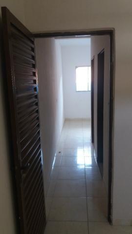 Casa de 5 e 8 cômodos no Cia 1, R$ 790,00 (Leia o anúncio) - Foto 2