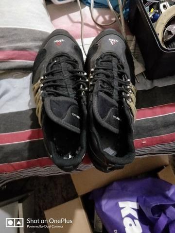 Tenis adidas aranha pouco usado num 41 - Roupas e calçados - Jardim ... a826832de282f