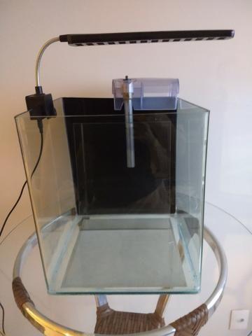Aquário Rehau Cubo 31litros - Completo (Filtro + Iluminação) - Foto 4