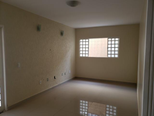 Casa rua 12 parte cima só 550 mil 3 quartos - Foto 6