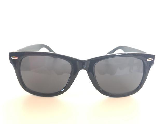 Óculos De Sol Preto. Unissex. Armação Em Acetato com Detalhe Étnico - Foto 2