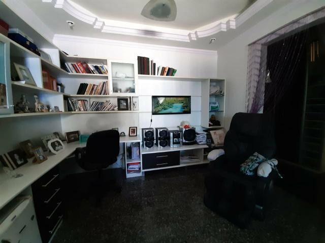Residencia com Piscina, 4 Qtos, Modulados, Área Nobre - Foto 4
