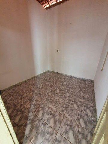 """Alugo casa com """"ponto comercial"""" - Foto 4"""