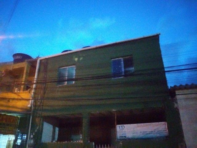 Alugo casa 500 reais.