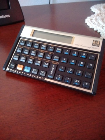 Calculadora HP 12C Antiga