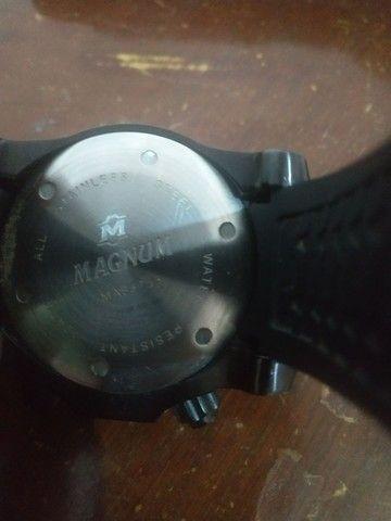 Relógio MAGNUM MA33755 - Foto 2